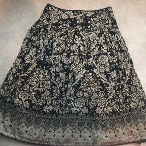 Jones New York Signature A-Line Skirt Size Medium